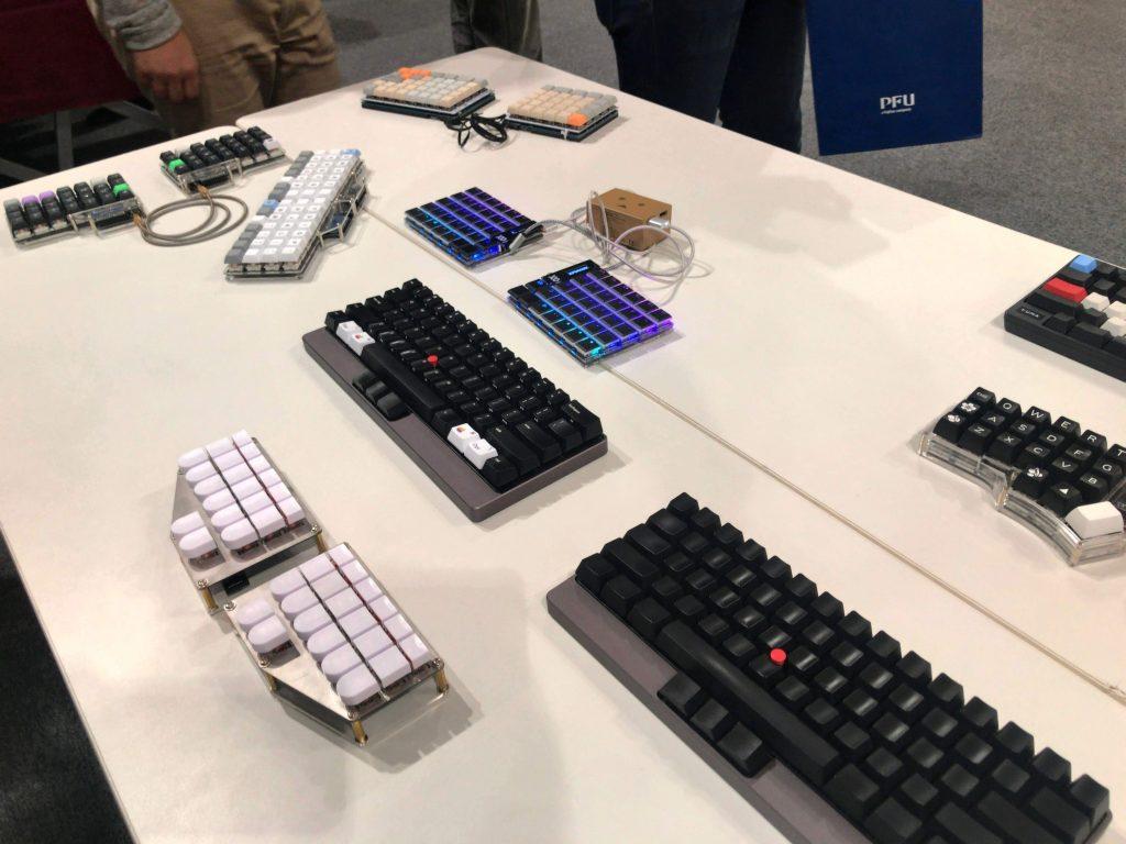 参加者が持ち寄った自作キーボード